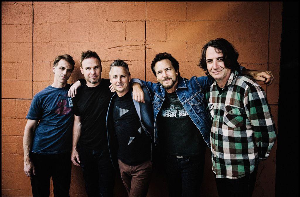 Die Band Pearl Jam mit Eddie Vedder (2. v.r.) Foto: Universal