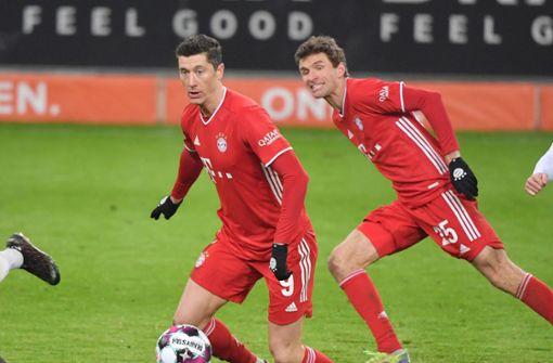 Lewandowski und Müller führen Bayern zum 2:1