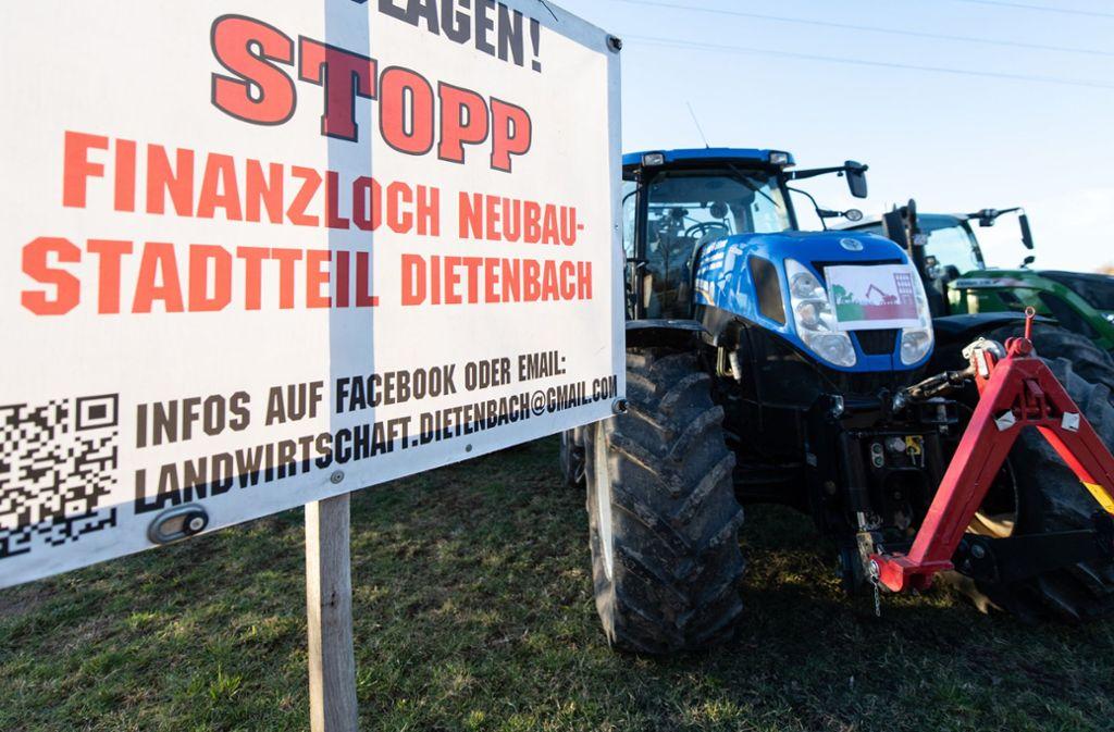 Bauernprotest gegen den neuen Freiburger Stadtteil Foto: dpa