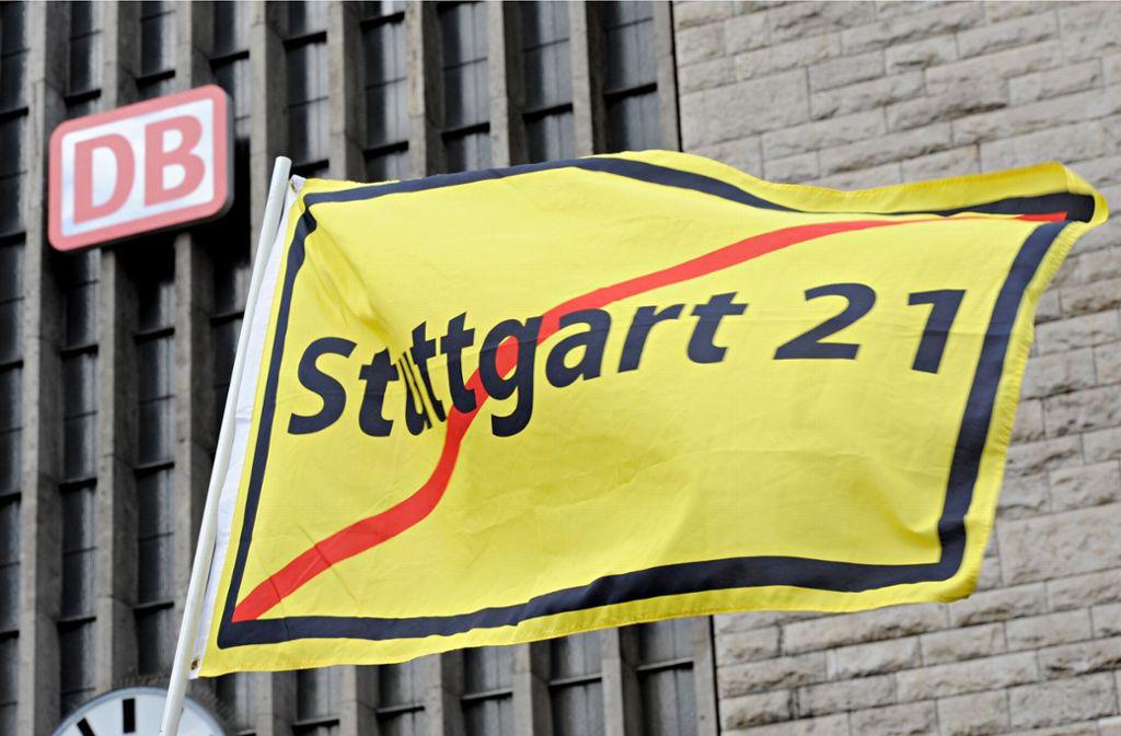 Seit vielen Jahren wird gegen das Bahnprojekt Stuttgart 21 demonstriert. Foto: dpa