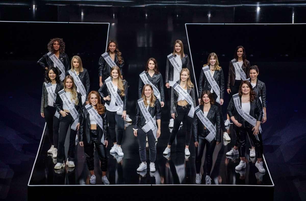 Diese 16 Teilnehmerinnen wollen Miss Germany werden. Foto: dpa/Philipp von Ditfurth