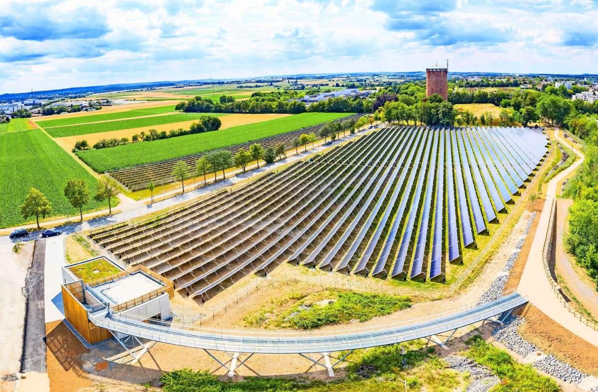 Die Solarthermieanlage zwischen Ludwigsburg und Kornwestheim ist die größte in ganz Deutschland. Foto: