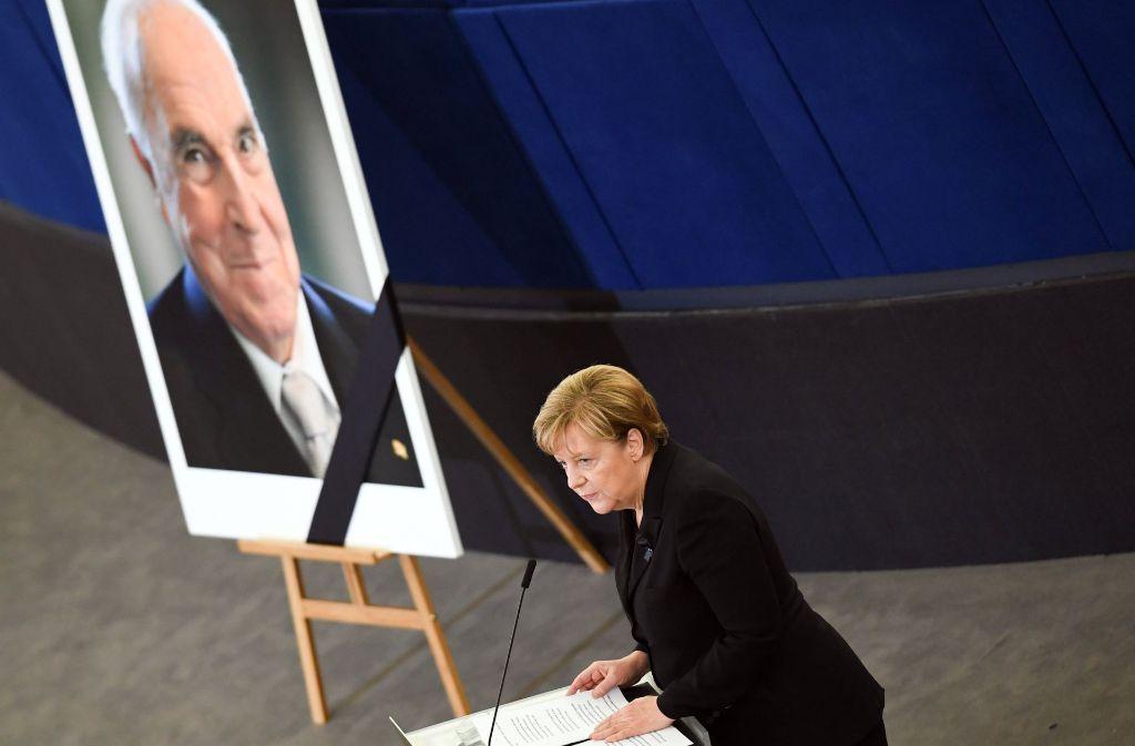 Bundeskanzlerin Angela Merkel beim Trauerakt für Helmut Kohl. Foto: dpa