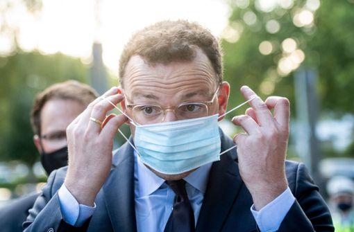 Gesundheitsminister positiv auf Coronavirus getestet
