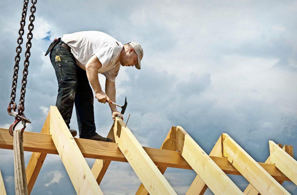 Die Baubranche boomt nicht nur, sie beklagt sogar Überlastung. Foto: LBS/Taubert