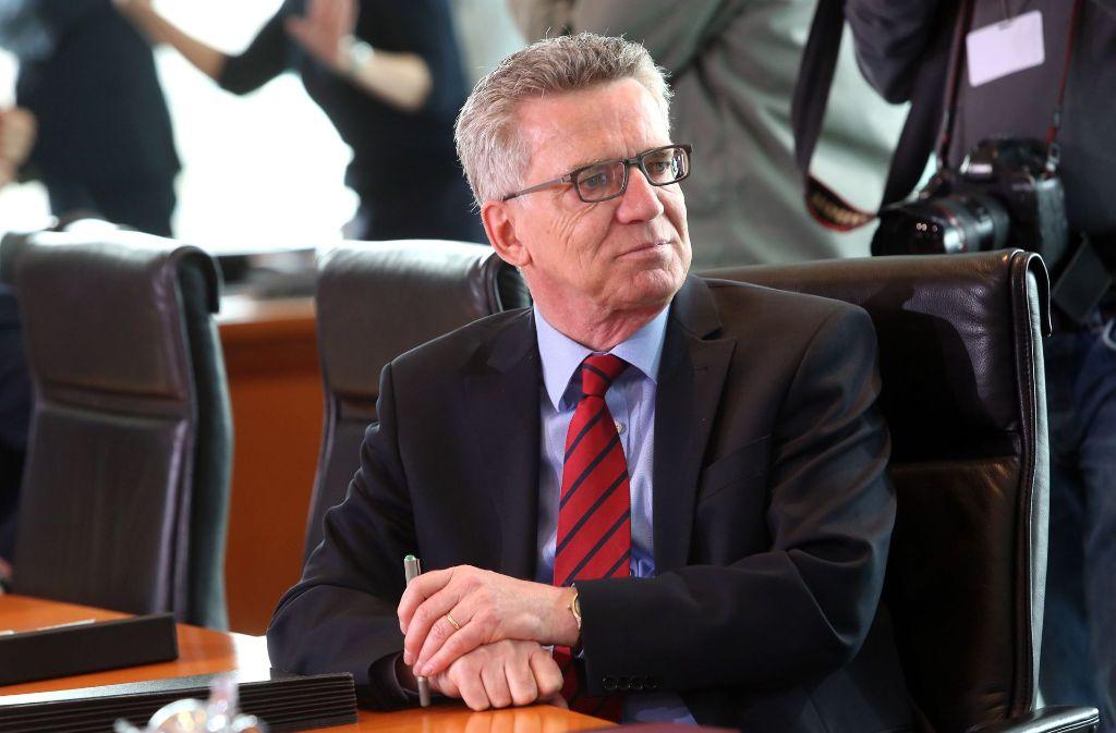 Bundesinnenminister Thomas de Maizière (CDU) hat einheitliche Regeln in Bund und Ländern bei der Terrorbekämpfung gefordert. Foto: AFP
