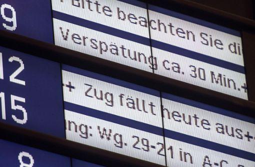 Verbraucherschützer: Bahn soll ab 30 Minuten Verspätung zahlen