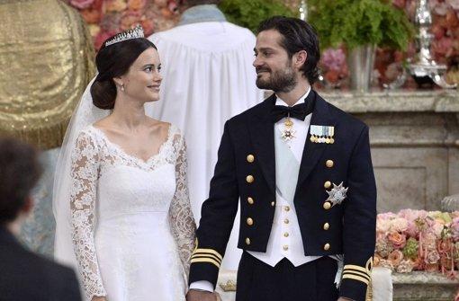 Hochzeit in Schweden: Victoria bezaubert mit bezahlbarem H&M-Look ...