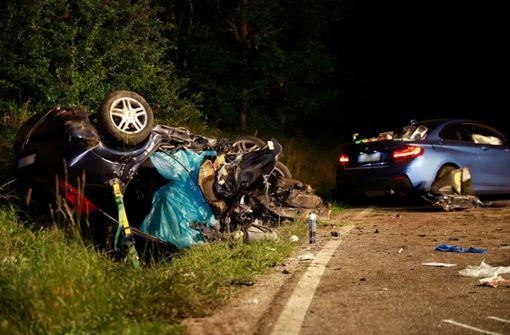 Drei Tote bei tragischem Autounfall - Kleinkind unter den Opfern