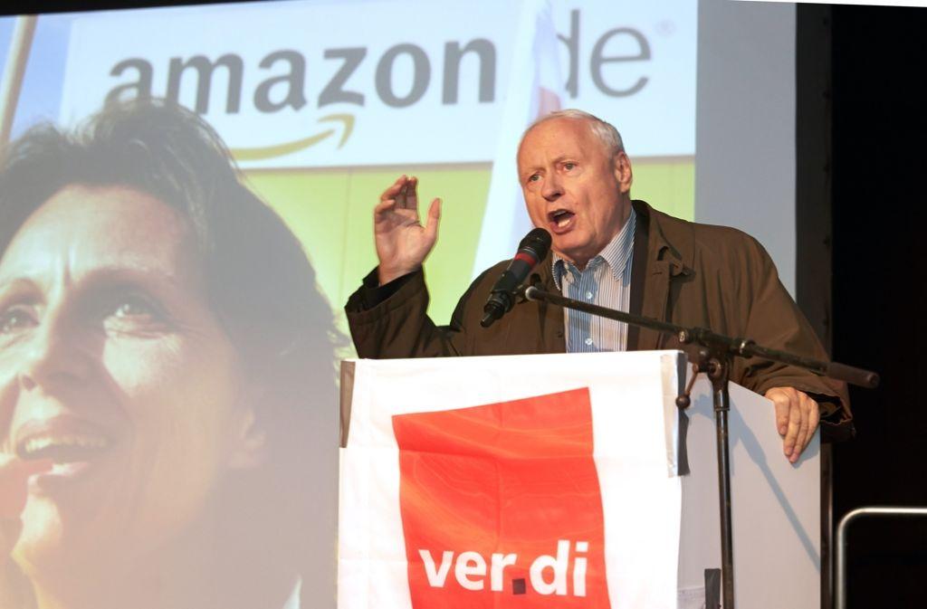 Oskar Lafontaine als Arbeiterführer bei einer Streikveranstaltung. Viele in der SPD wünschen sich die Versöhnung mit der einstigen SPD-Ikone. Foto: dpa