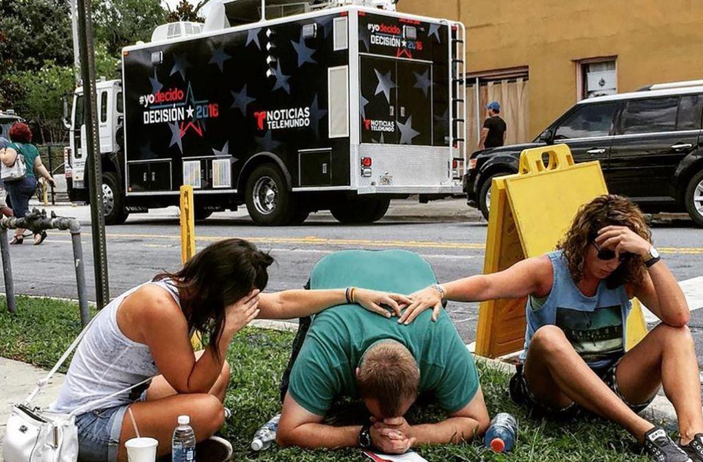 Die Dschihadistenmiliz Islamischer Staat (IS) hat sich zu dem Anschlag auf einen Nachtclub in Orlando bekannt. Foto: AFP