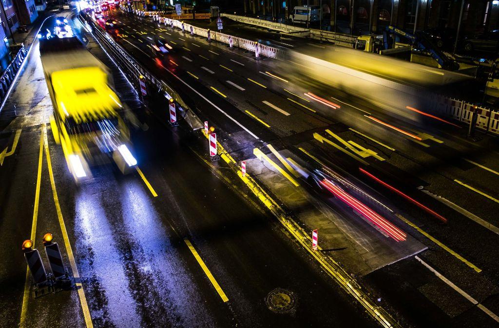 Feinstaubalarm in Stuttgart, doch der Verkehr läuft wie eh und je. Foto: Lichtgut/Max Kovalenko