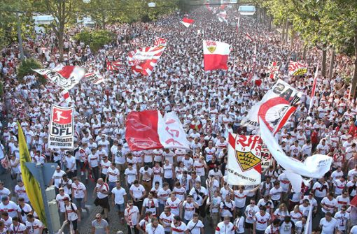 VfB-Fans pöbeln gegen Sanitäterinnen