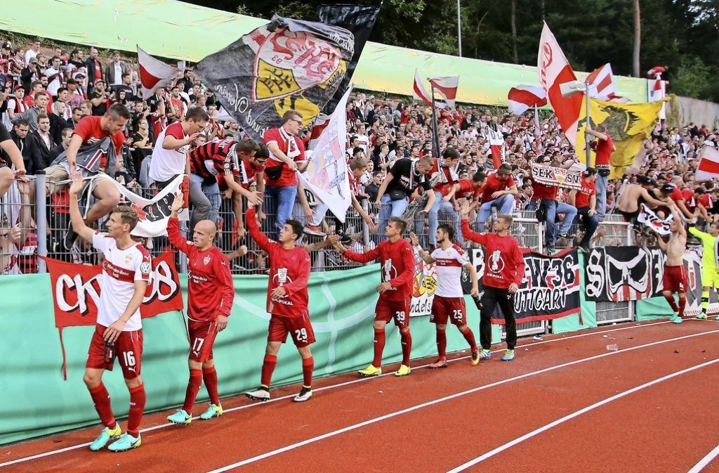 Die VfB-Fans unterstützen ihre Sportler auch im Netz. Foto: Pressefoto Baumann