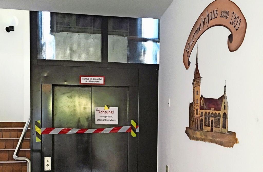 Das Alte Feuerwehrhaus ist derzeit nicht barrierefrei. Foto: Lichtgut/Max Kovalenko/ Nina Ayerle