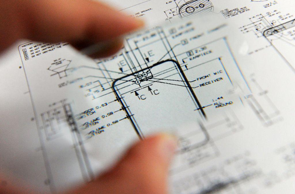 Konstruktionspläne sind oft auch für die Konkurrenz interessant. Foto: dpa