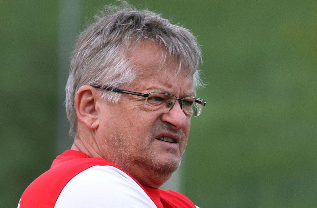 Der Trainer Gerry Ott warnt die Seinen davor, sich  schon zu sicher zu fühlen. Foto: Yavuz Dural