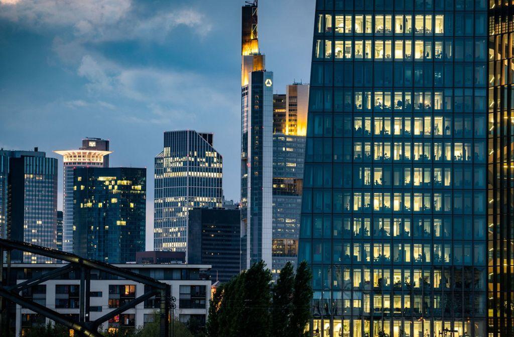 Die EZB lässt den Leitzins weiter unverändert. Foto: dpa