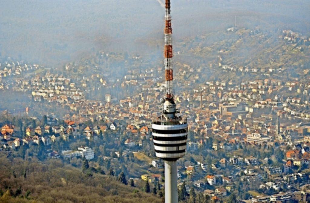 Irgendwas ist da falsch gelaufen: in anderthalb Jahren Stuttgart hatte der Fernsehturm für unser Campuskind immer geschlossen. Foto: dpa