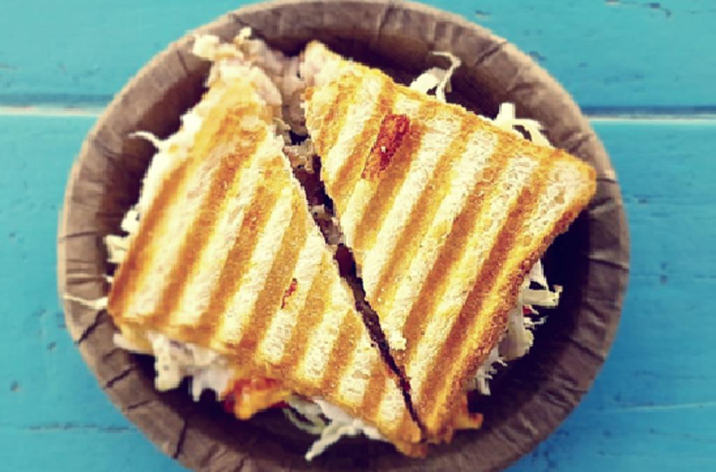 Günstiger Toasten statt teuer backen: Nutzen Sie beim Aufbacken von Brötchen und Brot lieber Ihren Toaster als den Backofen. Damit sparen Sie bis zu 70 prozent an Energie ein. So wird das Frühstück jeden Morgen gleich um rund 30 Cent günstiger. Foto: Pixapay
