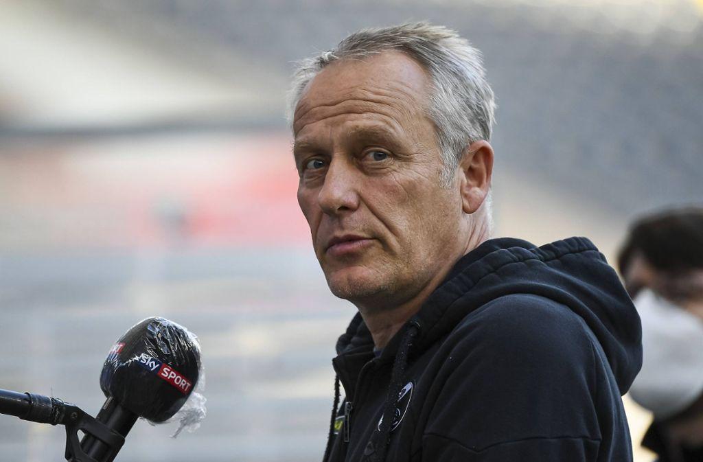 Christian Streich bleibt dem SC Freiburg erhalten. Foto: Jan Huebner/Pool