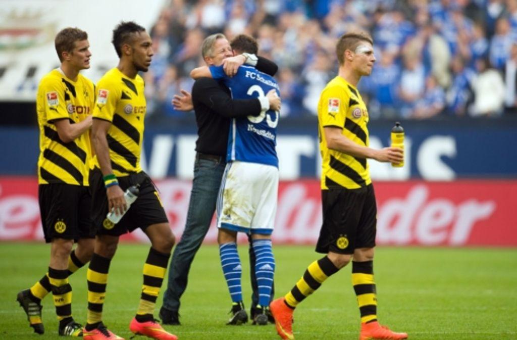 Schalke 04 hat das Revierderby gegen Borussia Dortmund mit 2:1 für sich entschieden. Foto: dpa
