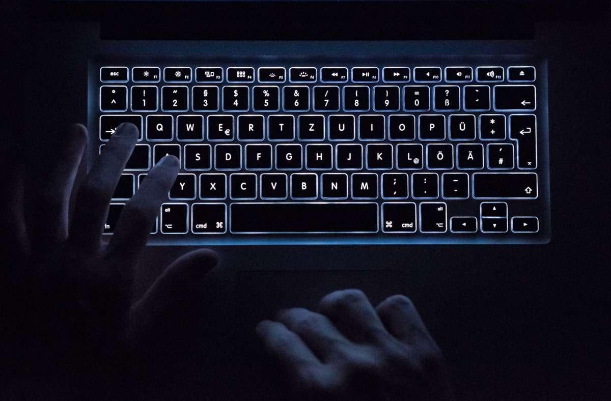 Nach einem Cyberangriff auf die Europäische Arzneimittelagentur wurde eine Untersuchung eingeleitet. (Symbolfoto) Foto: dpa/Silas Stein