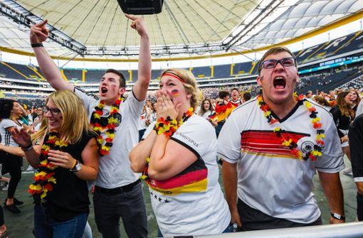 Wie sich Nationalmannschaft und Fans immer weiter voneinander entfernen