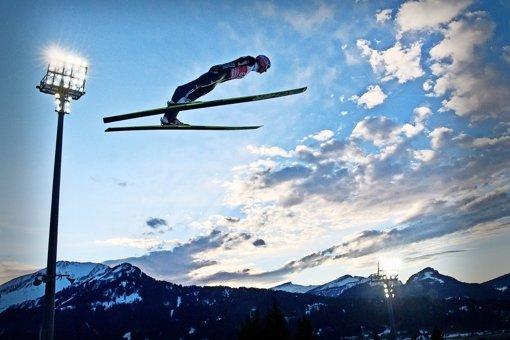 Skispringen: 140 Meter in der Luft