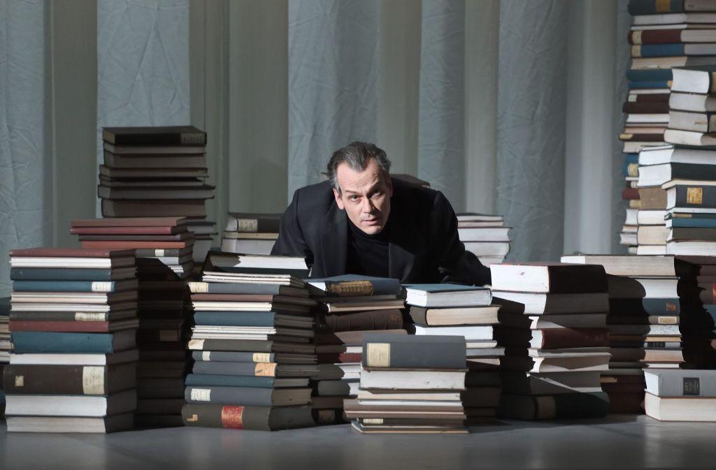 """Matthias Klink als Gustav von Aschenbach im """"Tod in Venedig"""" Foto: Oper"""