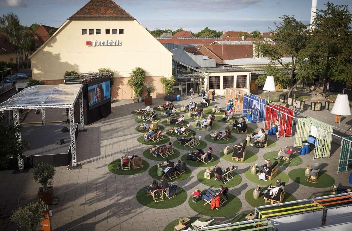 Vor der Phoenixhalle wird es auch in diesem Sommer eine Freiluftbühne geben wie im vergangenen Jahr. Foto: Lichtgut/Julian Rettig