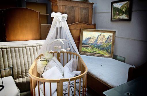Das Babybettchen vor dem Alpenpanorama
