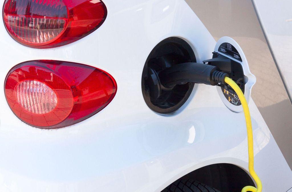 Elektroautos sind im Straßenbild keine Seltenheit mehr. Foto: Pixabay