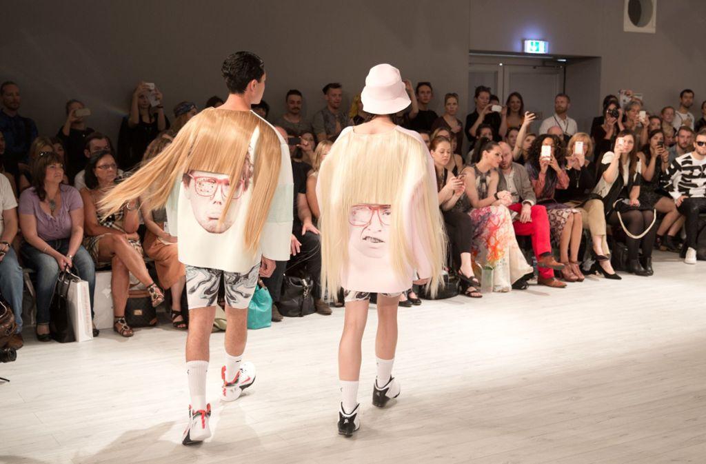 Bereits 2014 sah man die Radlerhose an Models bei der Berliner Fashion Week. Bei der Show der  Designerin Franziska Michael ging es aber offenbar eher um die abgefahrenen Jacken. Foto: dpa