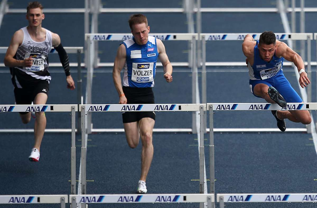 Stefan Volzer (Mitte)  läuft an diesem Freitag in Estland. Foto: Pressefoto Baumann/Cathrin Müller