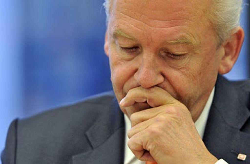 Bahn-Chef Rüdiger Grube will nochmal nachrechnen. Foto: dpa