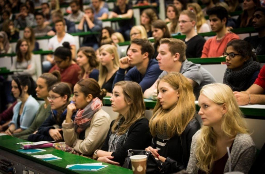 Für die Erstsemester-Studenten wird in Stuttgart eine Einführungsveranstaltung angeboten. Foto: Lichtgut/Achim Zweygarth