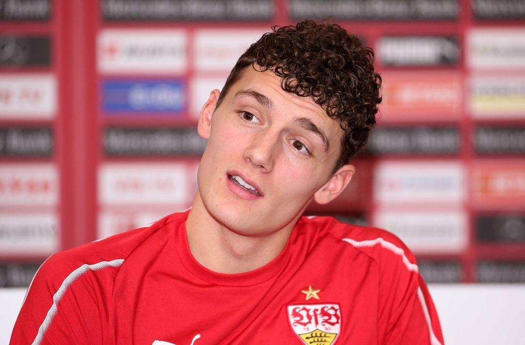 Der Wechsel des VfB-Abwehrspielers Benjamin Pavard zu FC Bayern München stößt bei einigen Fans auf Kritik. Foto: Pressefoto Baumann