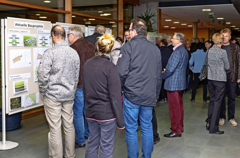 Die Einwohnerversammlung in Waldenbuch war gut besucht. Es ging aber nicht nur harmonisch zu. Foto: Thomas Krämer