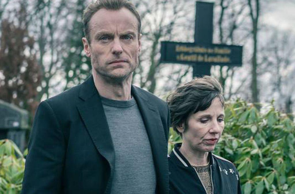 Karow (Mark Waschke), dass seine Kollegin Rubin (Meret Becker) einen neuen Job sucht. Foto: rbb/Marcus Glahn