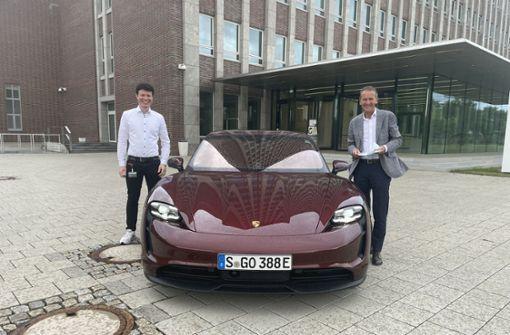 """Sogar der VW-Chef fachsimpelt mit """"Elektro-Robin"""""""