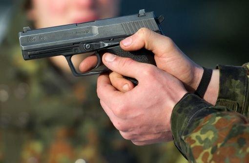 Ex-Soldat bestreitet Spielerei mit Waffe