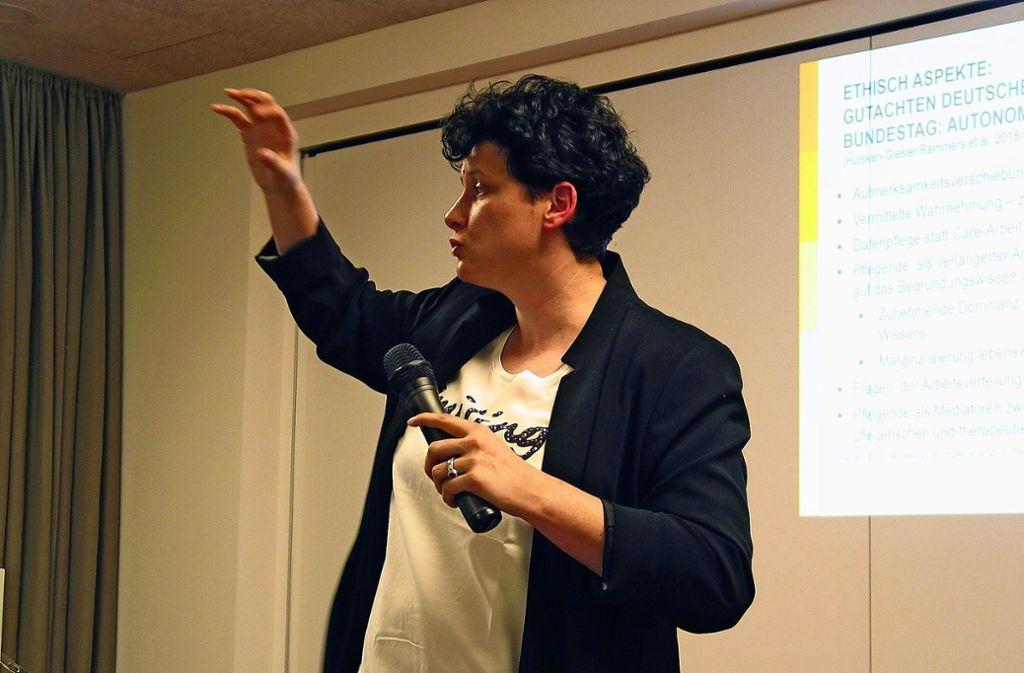 Die Wissenschaftlerin Sabine Daxberger war selbst lange in der Pflege tätig. Foto: