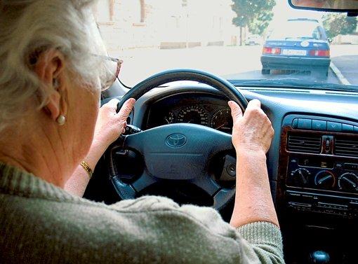 Fünf von elf  Verkehrstoten sind Senioren