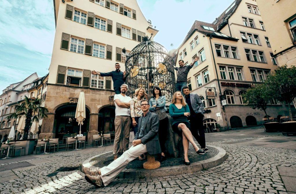 Im Zentrum angekommen: Die Redaktion Stadtleben arbeitet gleich neben dem Hans-im-Glück-Brunnen. Foto: Lichtgut/Leif Piechowski