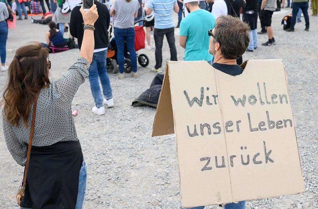 Auf dem Wasen findet am Samstag erneut eine Demonstration  statt. Foto: dpa/Sebastian Gollnow