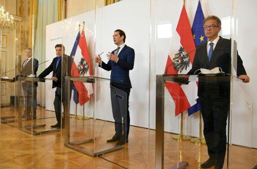 Österreichische Minister spenden Monatsgehälter