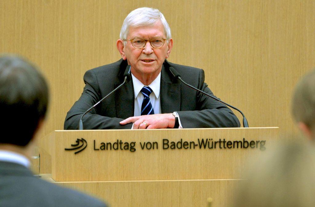 Ernst Uhrlau sagt vor dem NSU-Untersuchungsausschuss im  Landtag aus. Foto: dpa