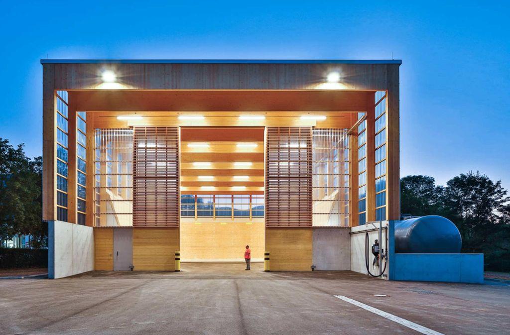 Ganz aus Holz: Salzlagerhalle in Geislingen Foto: Duckek