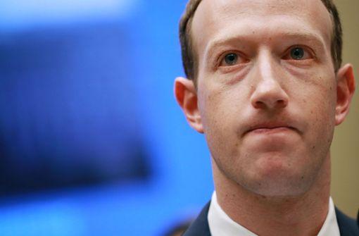 Auch Zuckerbergs Daten betroffen